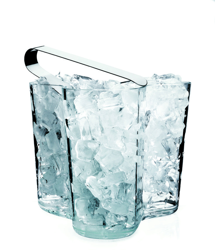 Not just for flowers! Alvar Aalto's vase makes a great ice holder - iittala at Sapphire Spaces