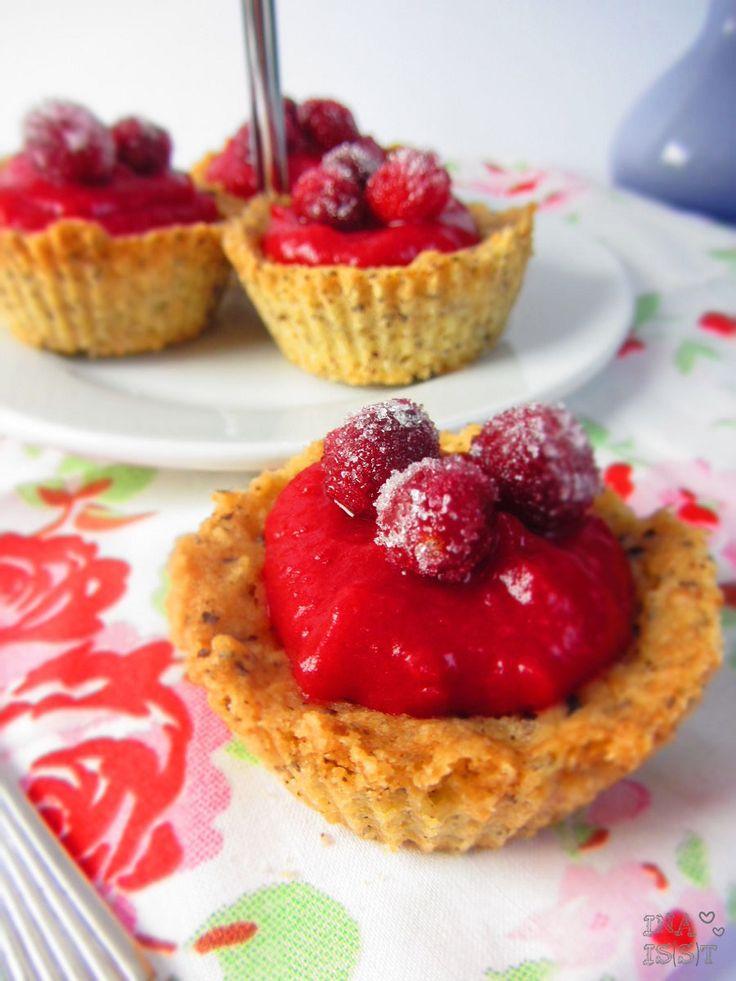 Ina Is(s)t: Cranberry-Haselnuss-Törtchen / Cranberry haselnut tartlet