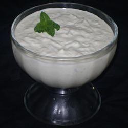 Tzatziki (molho grego de iogurte com pepino e hortelã) @ allrecipes.com.br