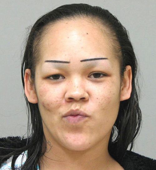 19 of the Worst Eyebrows Ever!