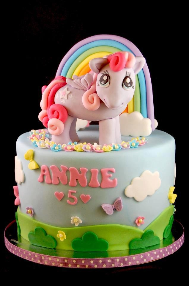 56 best Little girls cakes images on Pinterest Amazing cakes