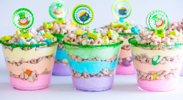 rainbow dessert shootersDesserts Cups, Whipped Tops, Food Colors, Desserts Shooters, Lucky Charms, Food Coloring, Colors Sugar, Rainbows Desserts, Healthy Desserts