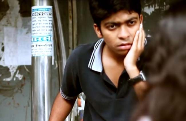 A Girl Slapped A Guy For Eve Teasing, Assuming That She Is The Only Last Beauty On The Planet