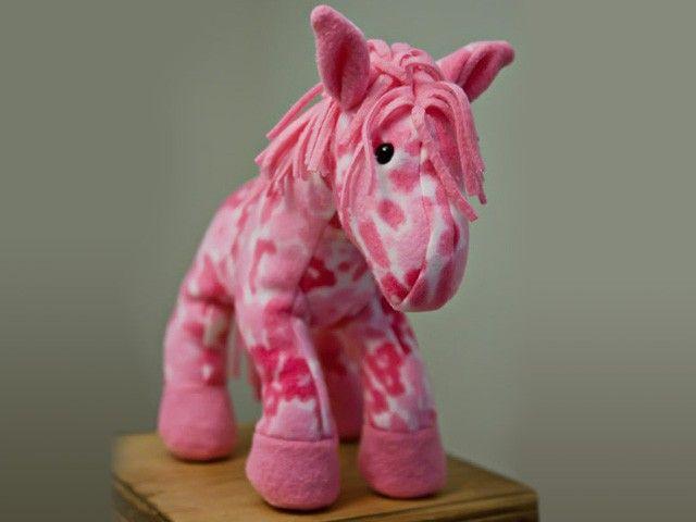 free stuffed horse pattern | Toy Sewing Patterns