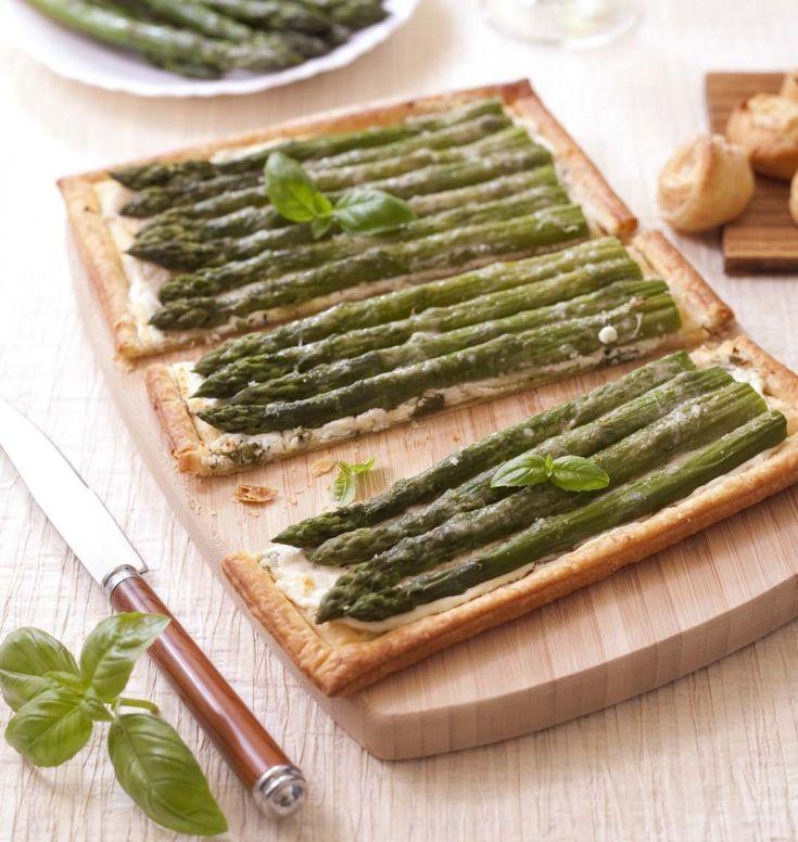 Tarte feuilletée aux asperges, chèvre frais et basilic - DIY photos en images pas à pas - Recettes de cuisine Ôdélices