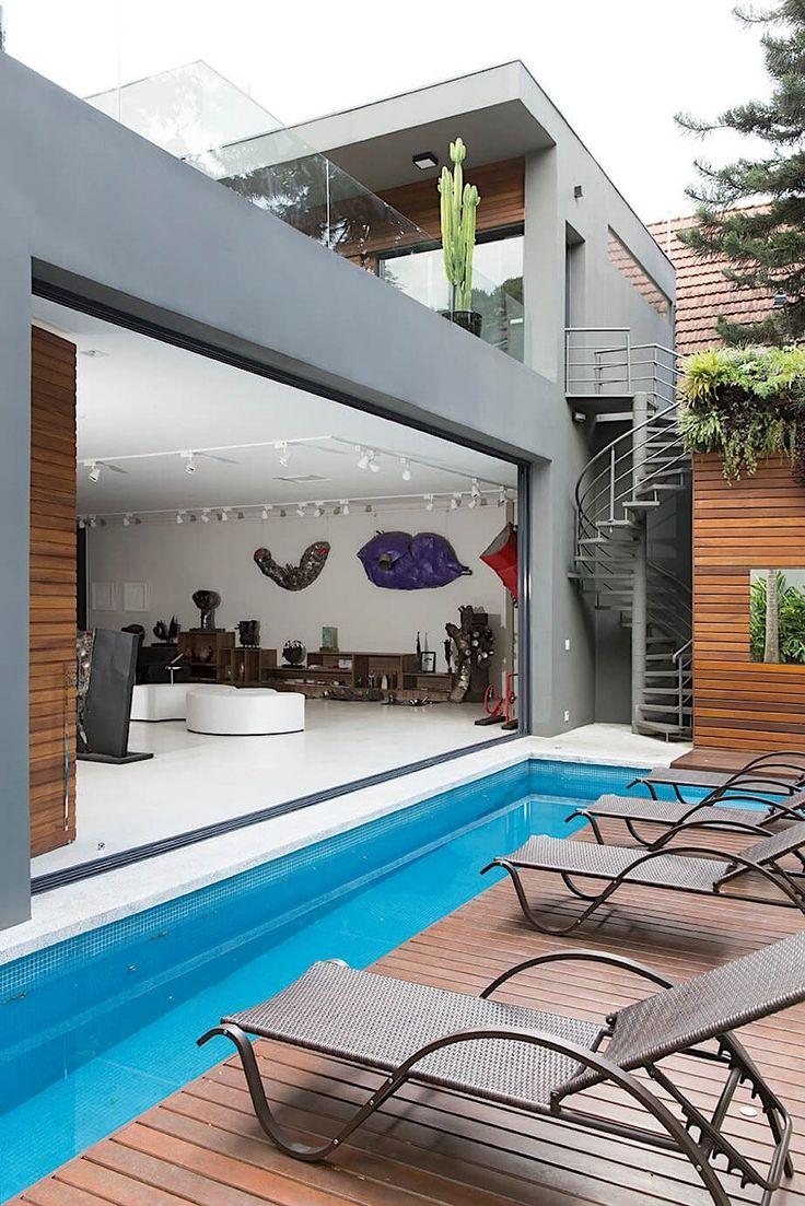 Das Haus von Bildhauer Caciporé Torres Wenn sich Künstler wie der brasilianische Bildhauer Caciporé Torres ein Haus bauen lassen, sind ungewöhnliche Baupläne zu erwarten. Schließlich...