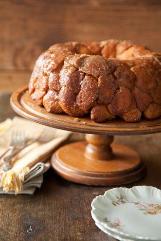 Check out what I found on the Paula Deen Network! Gooey Gorilla Bread http://www.pauladeen.com/recipes/recipe_view/gooey_gorilla_bread