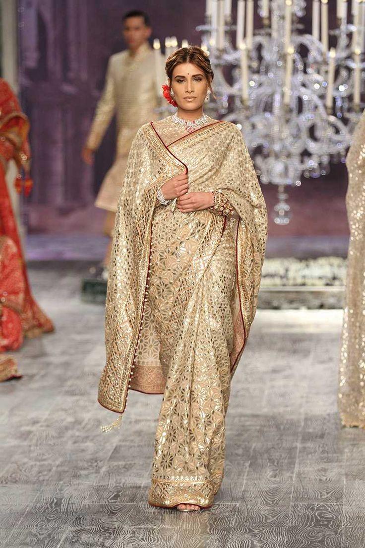Tarun Tahiliani | India Couture Week 2016 #PM #indiancouture #taruntahilianICW2016