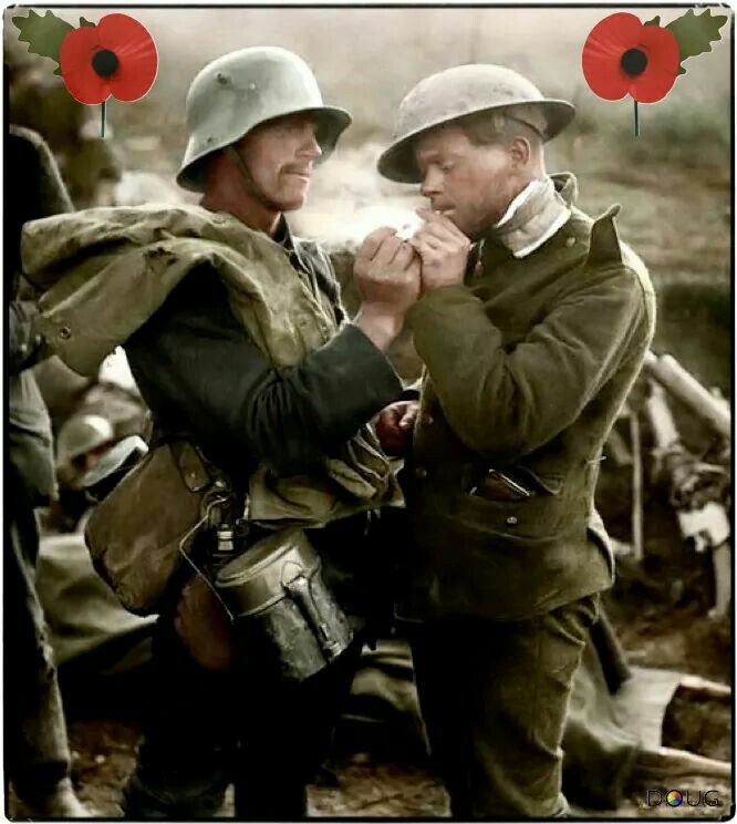 Battle of epehy, british wounded soldeir and a german prisioner sharing a cigarette, 18 sept. 1918