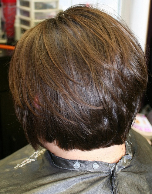 Stacked cut for fine hair