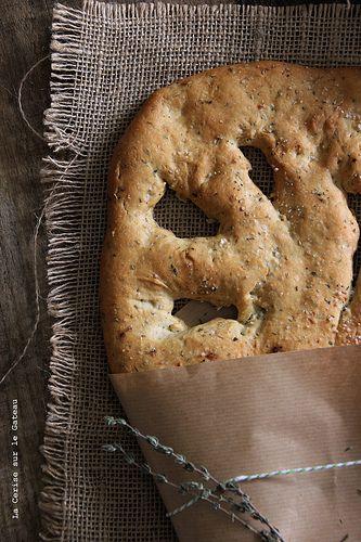 fougasse007  fougasse à l'huile d'olive, ail & fleur de sel