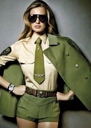 História da Moda em Vídeos   Saiba tudo sobre o Militarismo na Moda especial Fashion Splash