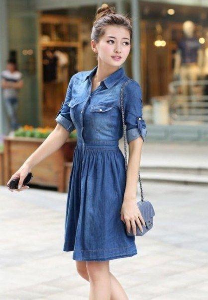 Джинсовое платье - стильная и универсальная вещь.