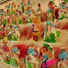 Pupi di zucchero - Sicilia  see Candy Candy on the second shelf
