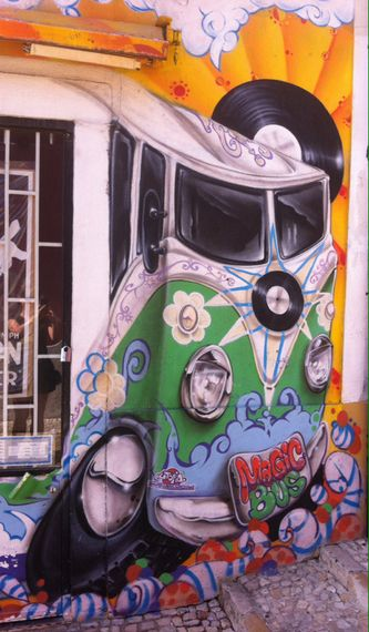 Tuesday dose of joy (9/16/2014): Street art. Lisbon, Portugal. 2014. - www.radostbymartinasestakova.com