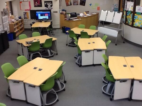"""Matt Block @LCJSMSprincipal Our brand new 21st Century Learning Commons arrived today. Formerly known as """"The Library"""".  Thank you SEF! pic.twitter.com/ZtiSOY4EKm"""