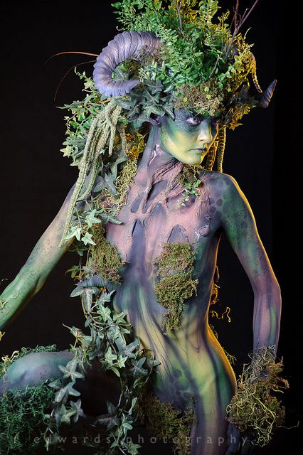 Fantastic make-up and body paint - Photoshop World Fall 2011 by Edwarr, via Flickr