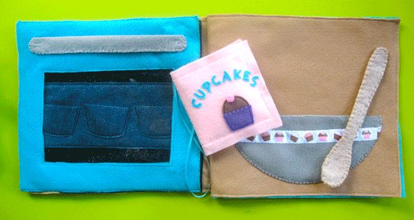 Baking Cupakes Quiet Book Page. This website has lots of felt quiet book pages with free patterns!