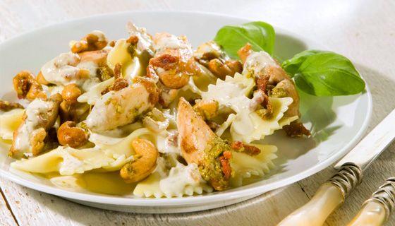 pasta met boursin, kip en pesto