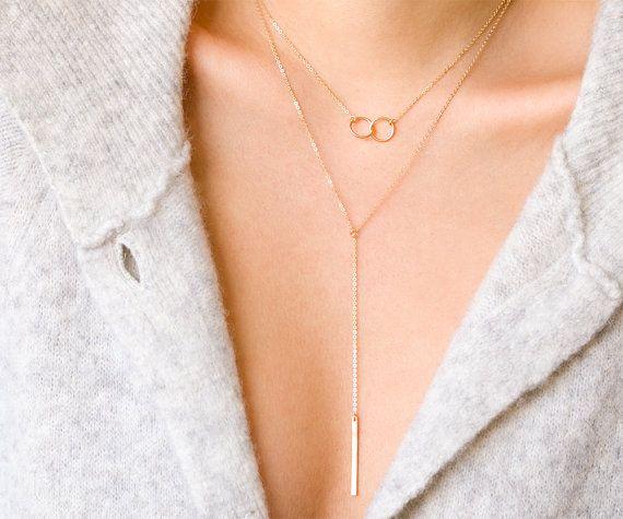 Dainty Circle Necklace, Interlocking Circle Necklace,  Friendship Necklace, Layering Necklace, Marriage Present