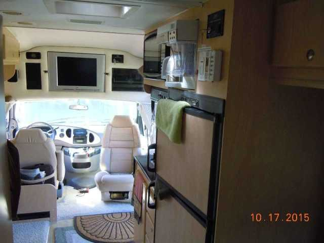 "2008 Used Coach House Platinum 232xl Class C in Florida FL.Recreational Vehicle, rv, 2008 Coach House Platinum 232xl , 2008 Coach House Platinum 232XLw/2 Slides, REDUCED**$73,995. The Drivable Luxury Touring Motorhome. Offered by Original Owners, this RV is in STUNNING, ""SHOWROOM"" Condition!! It only has 24386 miles!! It has been stored indoors when not in use. It has the reliable and workhorse Ford E-450 Triton 6.0L V-10 Gas Engine (Ford will not be making these engines for much longer)…"