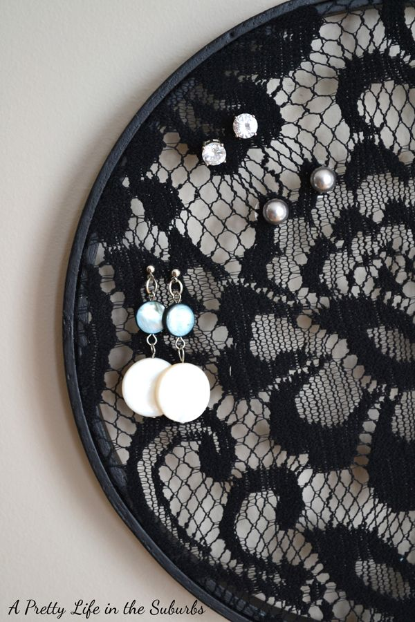 A Pretty Life in the Suburbs: Black Lace Earring Holder