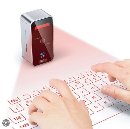 Een volledig toetsenbord met multi-touch muis ondersteuning via laser geprojecteerd