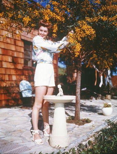 Vintage Glamour Girls: Esther Williams
