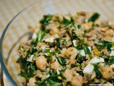 RECETA: No es la típica ensalada de atún en http://www.vox.com.mx/2013/07/receta-ensalada-de-atun/