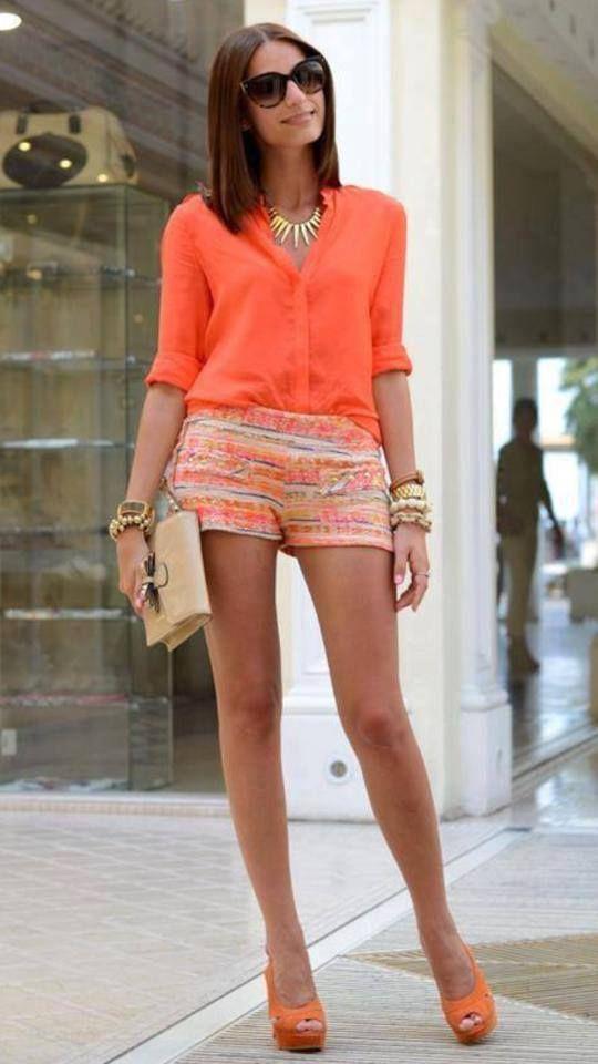 parte de baixo estampada e cor coordenada com a blusa