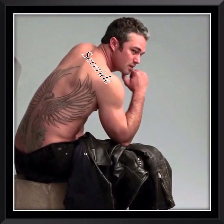 Taylor actor taylor kinney pinterest taylor kinney for Taylor kinney tattoos