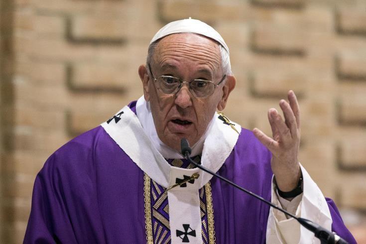 Με φοβίζει η κακία του κόσμου, και μέσα στο Βατικανό, δηλώνει ο Πάπας Φραγκίσκος