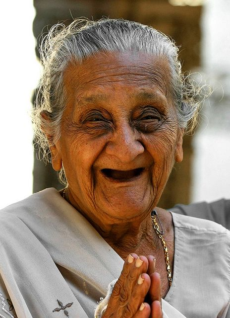 Smiling Happy 19 Year Old Teenage Girl Giving The Thumbs: 2307 Best Images About The Art Of Aging On Pinterest