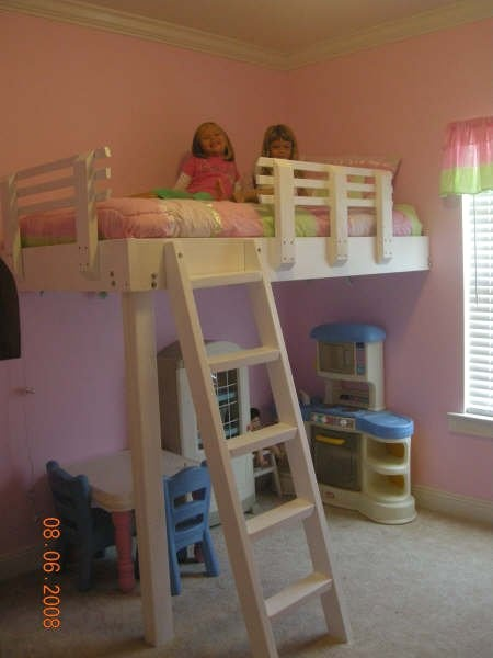 Another cute loft bed for kids room the bottom could for Cute bunk bed rooms