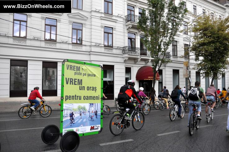 Best ads on bikes advertising trailer. Its name is AdBicy and you can search for it right now to find more about this product.