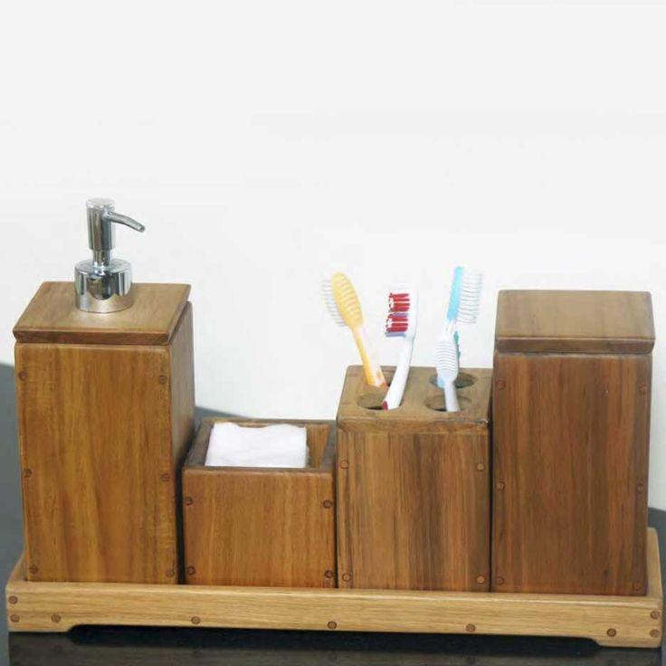 Atur perlengkapan mandi Anda dengan perlengkapan aksesori Jati ini. Memiliki beberapa wadah untuk hal-hal penting seperti sikat gigi, bola kapas, dan keperluan lainnya, set ini dapat Anda gunakan untuk memenuhi kebutuhan rutinitas harian Anda. Terbuat dari kayu jati, setiap potongannya tergabung dengan cara yang sangat kuat, dan finishing menggunakan anti air, jadi set ini akan terbukti andal dan tahan lama di lingkungan kamar mandi Anda. W Home memiliki segalanya untuk kamar mandi Anda…
