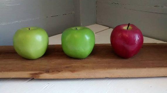 Best 25 apple green kitchen ideas on pinterest for Apple kitchen ideas