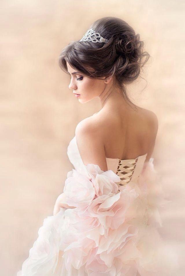 Pin Tillagd Av Lucy Carlsson P Feminine Beauty 1 Pinterest