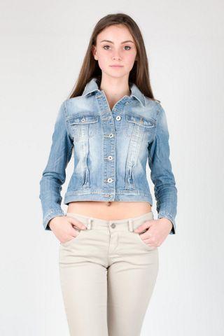 Giubbino jeans avvitato http://www.brendatelier.it/prodotto.asp?st=primavera_estate_2015&tag=giubbino_jeans_taglio_avvitato__Z-8618&col=blu-delavato&lang=it