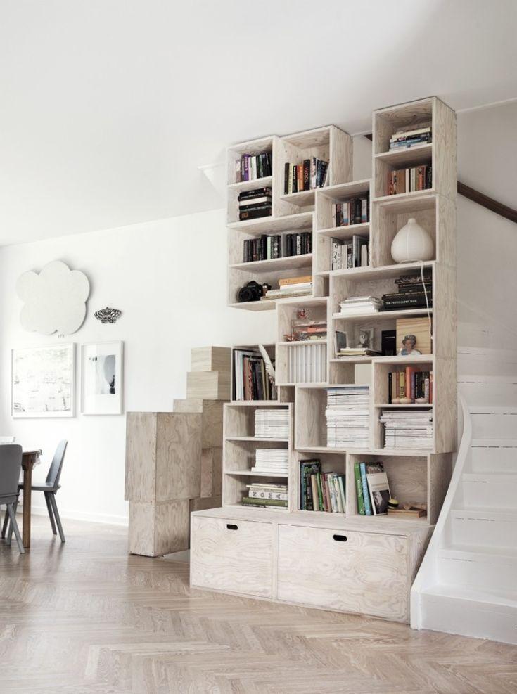 Custom-made bookshelves. Photo Petra Bindel