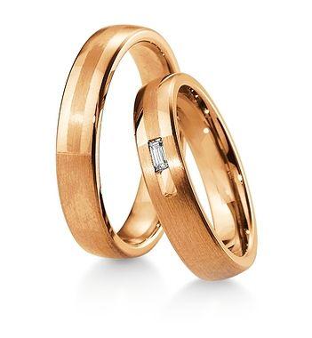 Breuning Trouwringen | Inspiration collectie gouden ringen | 4,5mm briljant 0.06ct verkrijgbaar in 8,14 en 18 karaat | 48041670 / 48041680 OOK in wit geel en rood goud verkrijgbaar of in 2 kleuren goud #trouwringen #breuning #trouwen