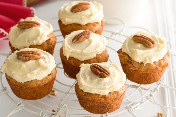 Carrot and pecan muffins with cream cheese icing