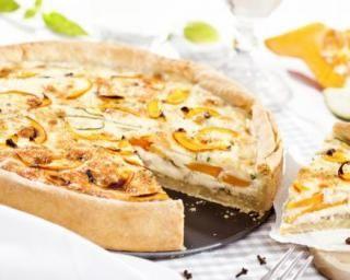 Quiche allégée au potiron, jambon et muscade : http://www.fourchette-et-bikini.fr/recettes/recettes-minceur/quiche-allegee-au-potiron-jambon-et-muscade.html