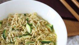 Zuppa [leggera] di noodles -  Harumi ispirations