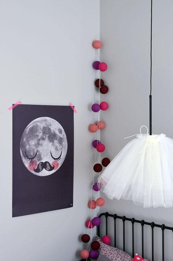 DIY LAMPS FOR KIDS - Tulle pendant lamp