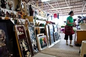 AUSTIN COUNTRY FLEA MARKET.  Austin, Texas. Oldest and Largets in Texas.  Over 300 Vendors.  This is #8 on the travel channels top 10 flea market.  Open Saturday and Sunday 10-6 year round.