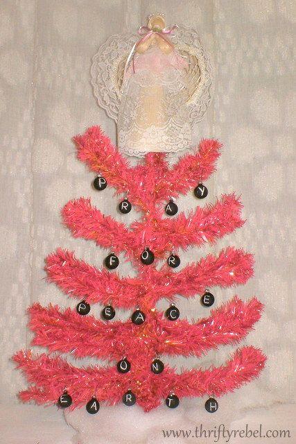 inspiration: pink tinsel garland or festooning for DIY Christmas tree