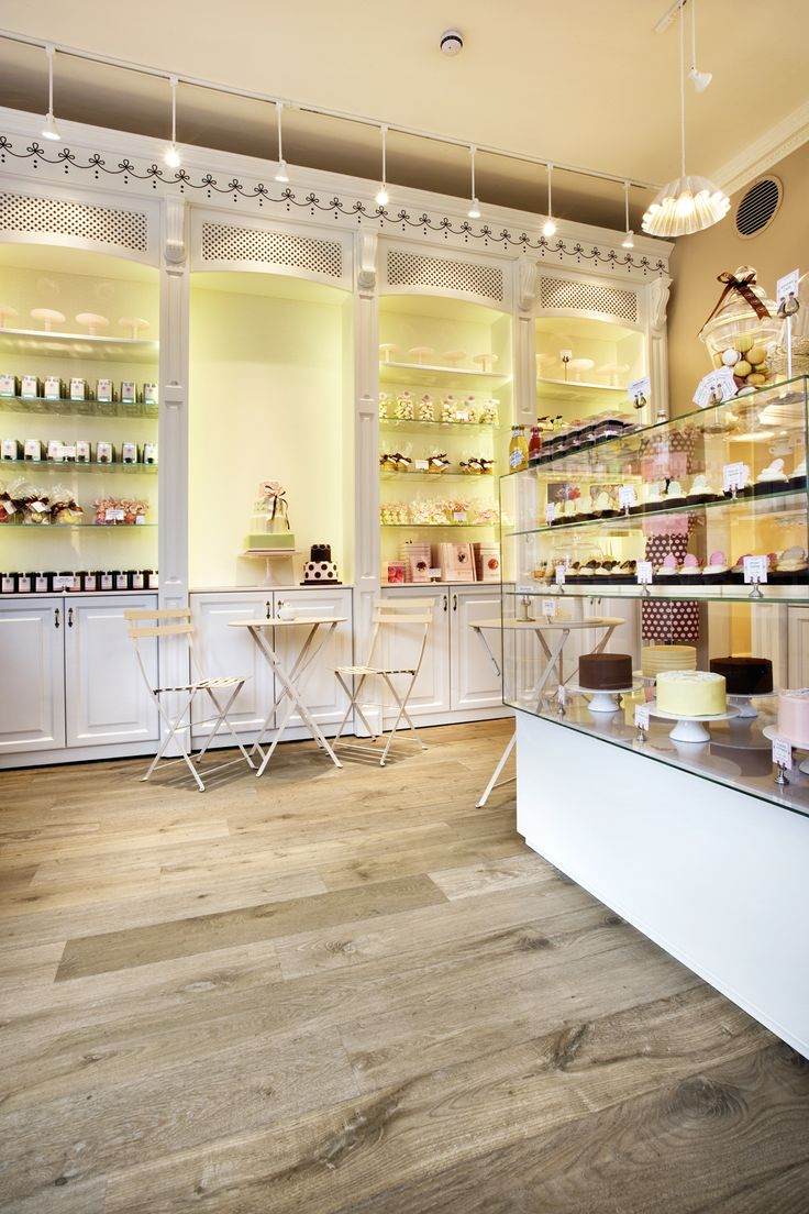 A classic look in Peggy Porchen's cake shop from Havwood Venture Plank range