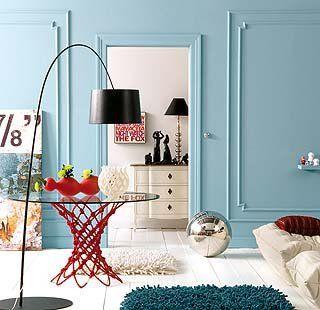 Las paredes estrenan un look renovado con molduras, papeles, plantillas, espuma, frisos, tableros y fotomurales. Descubre estas propuestas sobresalientes para poner el broche a la decoración.