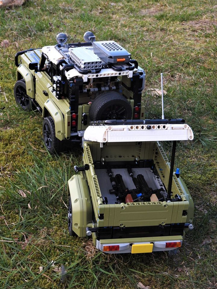Lego Technic Land Rover Defender 42110 And Trailer In 2020